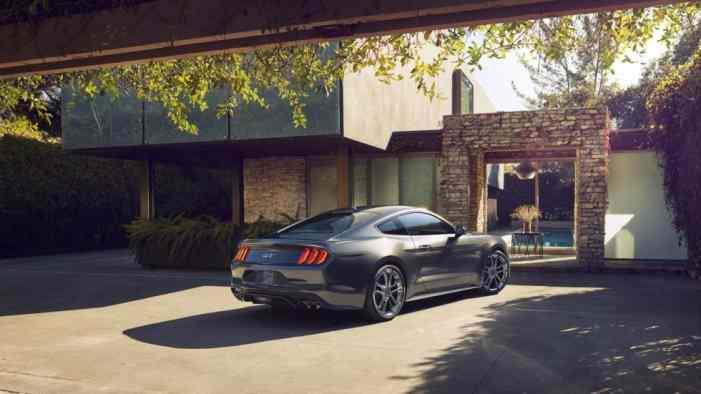Ford представил обновленный Mustang