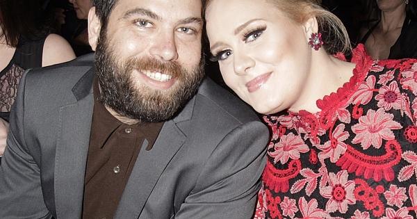 СМИ выдали Adele замуж