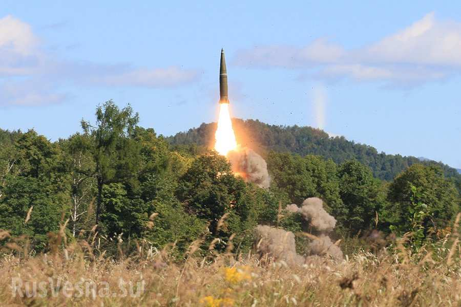 Гроза НАТО: «Самые опасные ракеты» России впервые обнаружены спутником Израиля на базе ВКС в Сирии (ФОТО)