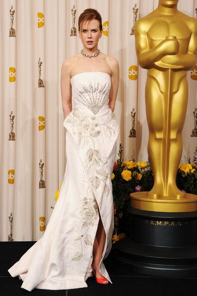 10 лучших звездных выходов в платьях Dior