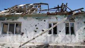 Ночные обстрелы городов ДНР: поврежден жилой дом, обесточена Донецкая фильтровальная станция