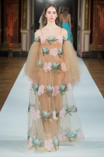 Русская балерина, испанский матадор: кутюрная коллекция Yanina Couture