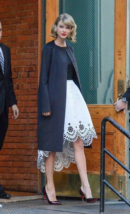 Из-под пятницы суббота: может ли юбка выглядывать из-под верхней одежды