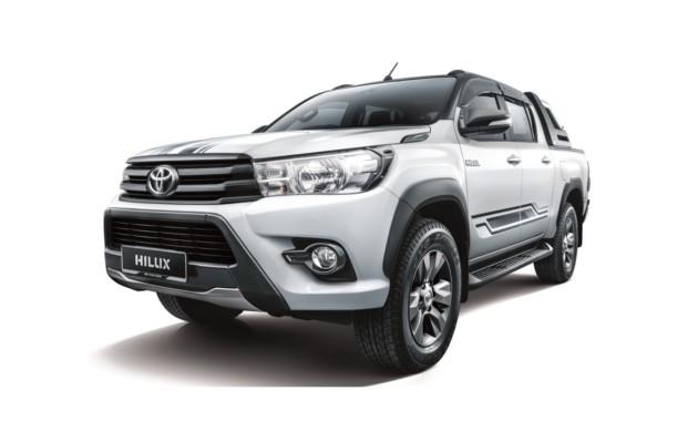 Пикап Toyota Hilux получил спецверсию