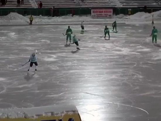 «Федерация убивает хоккей с мячом»: матч с автоголами оказался протестом