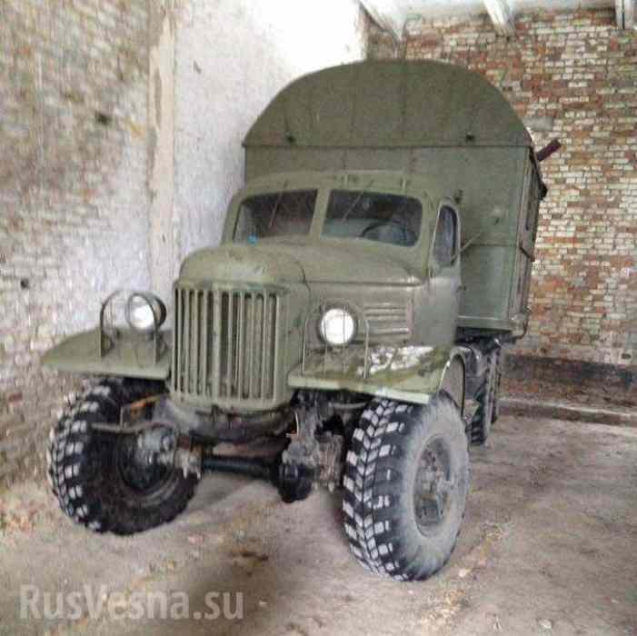 ВСУ в зону «АТО» выделили ржавые грузовики 50-ых годов (ФОТОФАКТ)