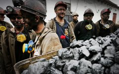 Порошенко предупредил о последствиях блокировки поставок угля из Донбасса