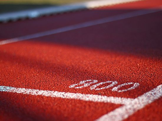 Почему у наших спортсменов нет юридической защиты за рубежом