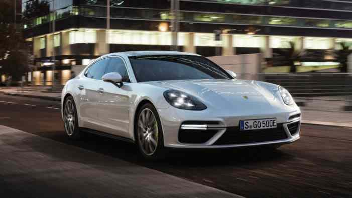 Turbo S E-Hybrid стал самой мощной моделью Porsche Panamera