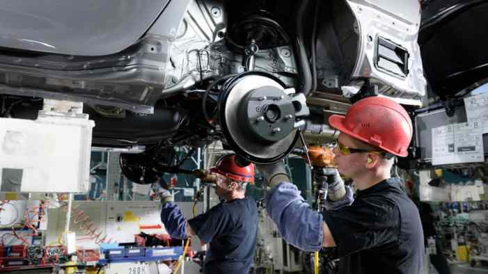 Минпромторг рассчитывает на рост производства машин в РФ