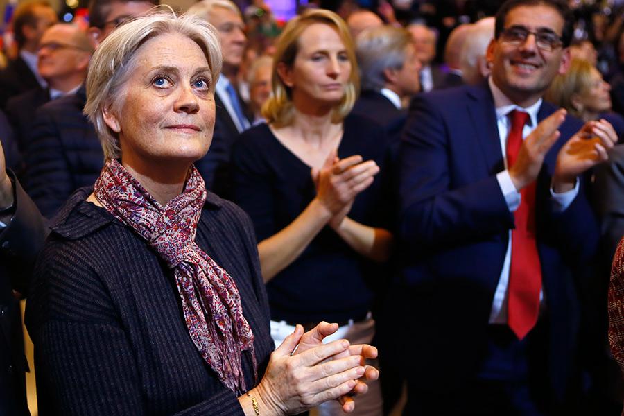 Почему Франсуа Фийон отказывается сниматься спредвыборной гонки