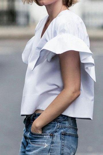 Пусть будет весело: 7 способов украсить наряд и не выглядеть нелепо