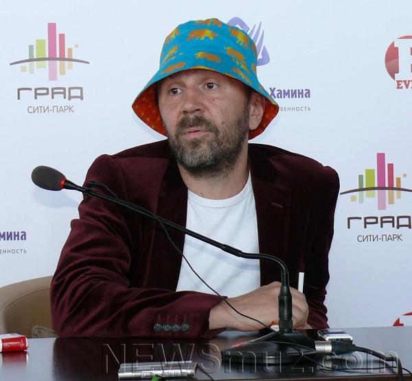 Сергей Шнуров «сядет» за альбом детских песен