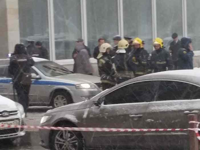 Эксперт о взрыве в Петербурге: как научить детей ничего не поднимать