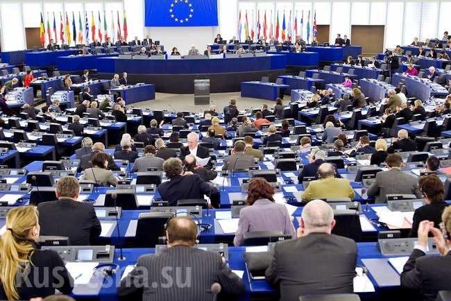 Европарламент эвакуировали перед заседанием по безвизу для Украины