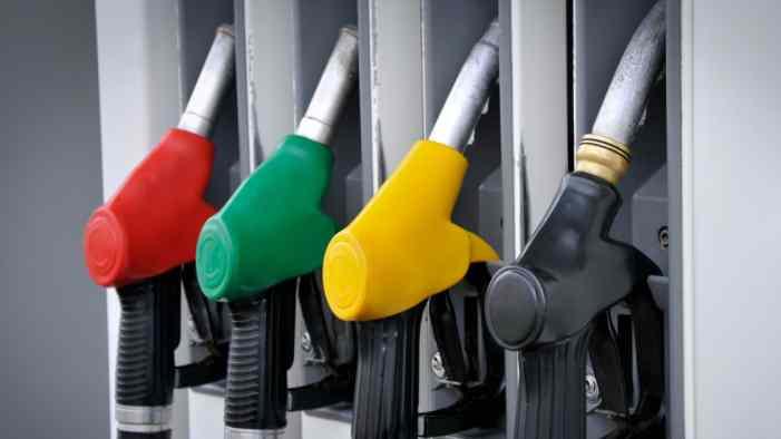 Бензин с начала года прибавил в рознице 3,1%