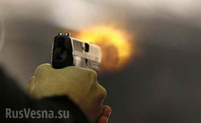 Типичная Украина: В киевском супермаркете посетитель открыл стрельбу, ранен охранник
