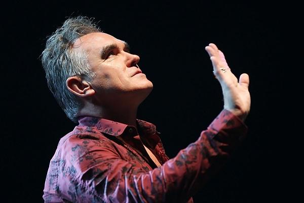 Morrissey осудил Елизавету II за вечеринку после теракта в Манчестере