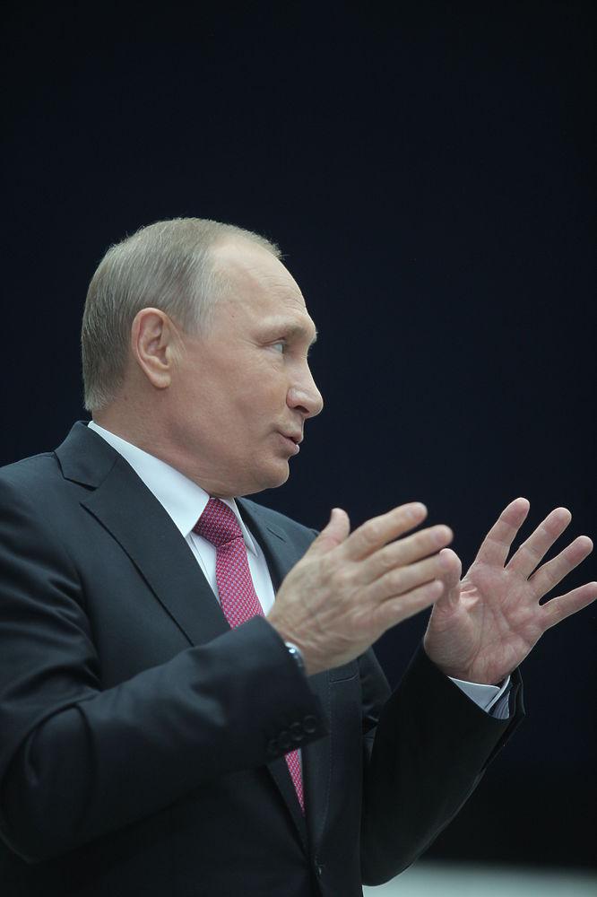 Пока банки жиреют, бизнес хиреет: Путин потребовал банковской агрессии