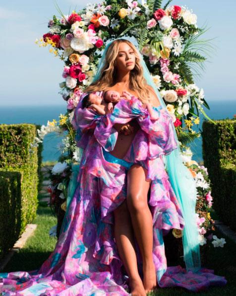 Beyonce показала близнецов