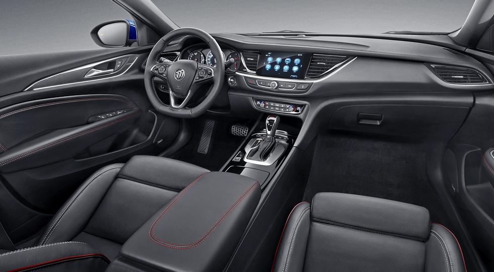 Первые изображения спортивного седана Buick Regal GS