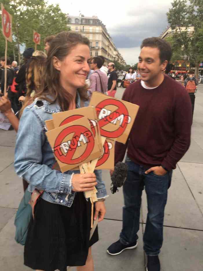 «Трампа — на Марс»: в Париже прошла акция против визита президента США (ФОТО, ВИДЕО)