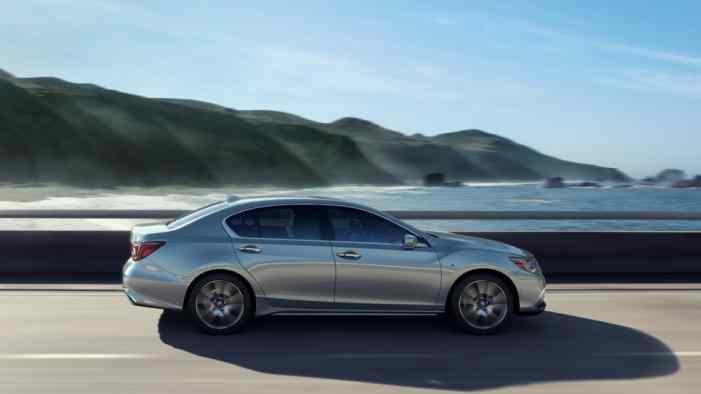 Acura представила RLX 2018 модельного года