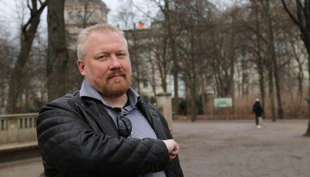 Замайданный русский националист попросил политубежища в Литве