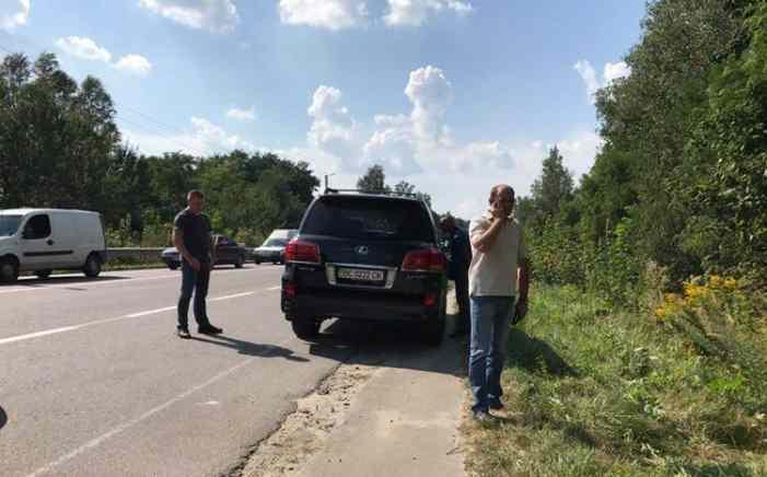 ДТП на Львовщине: Mercedes украинского олигарха протаранил Opel, водитель которого погибла на месте