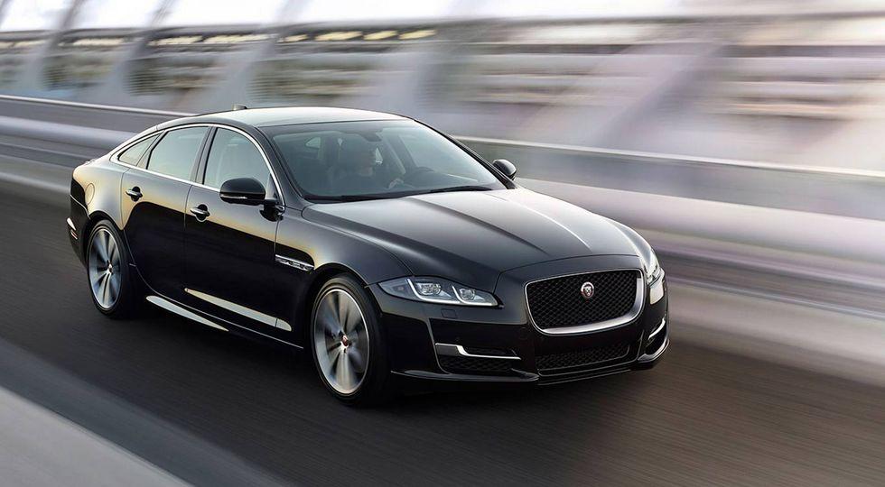Jaguar Land Rover может приобрести люксовую марку