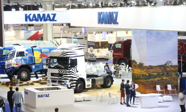 Новинки КАМАЗа представлены на выставке