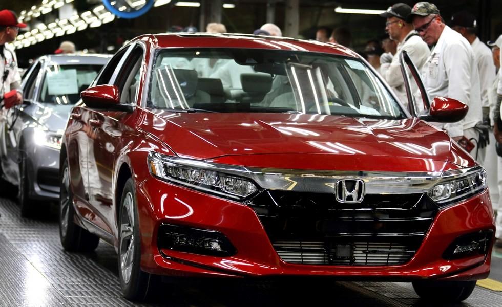Новый Honda Accord встал на конвейер