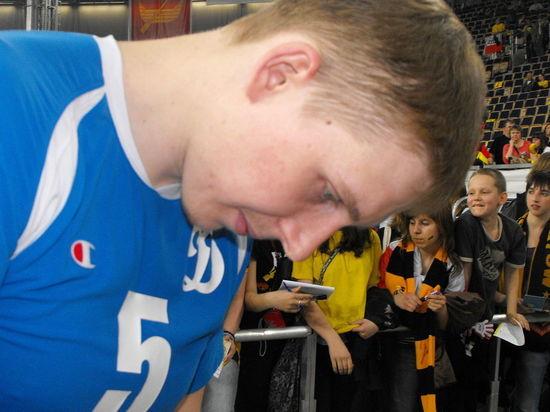 Волейбольная сборная России опасно вышла в полуфинал ЧЕ