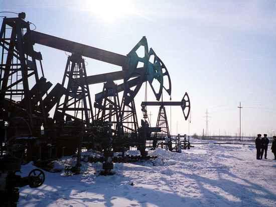 Сокращение добычи нефти принесло России триллион рублей: где деньги