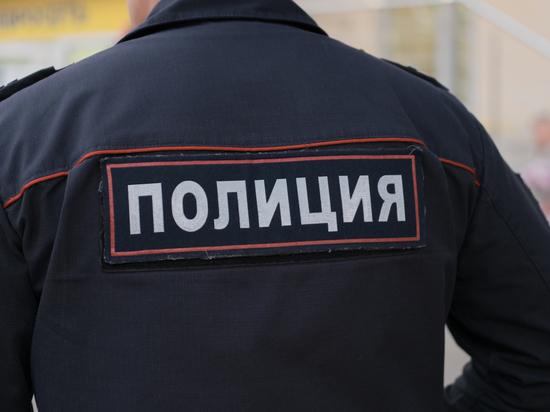 Полицейские вымогали деньги у граждан, предварительно подбросив наркотики