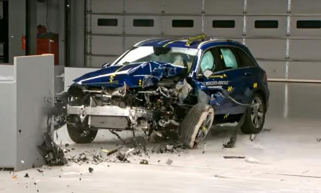 Mercedes-Benz GLC признали максимально безопасным