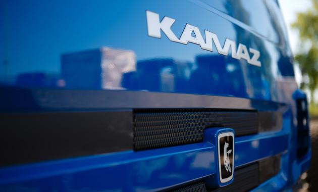 «КАМАЗ» выпустил в новом корпусе юбилейный автомобиль