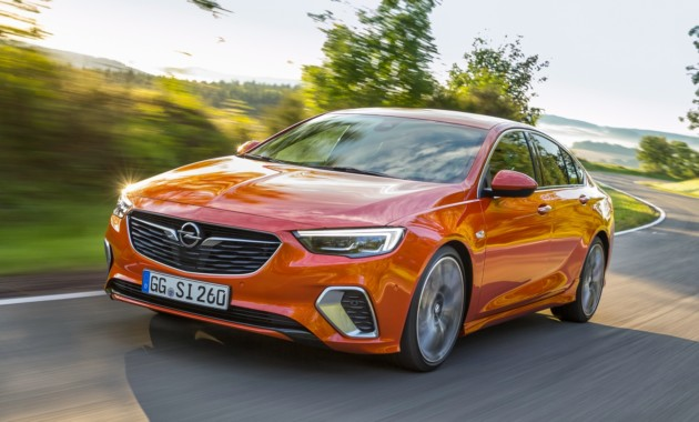 Opel назвал цены заряженных лифтбека и универсала Insignia GSi