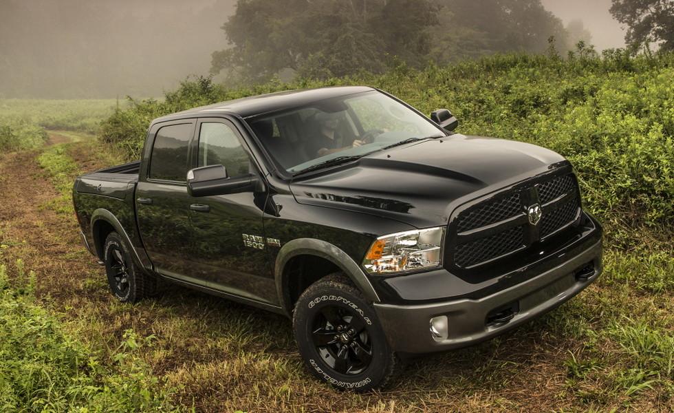 Fiat Chrysler отзывает более 228 000 пикапов Ram