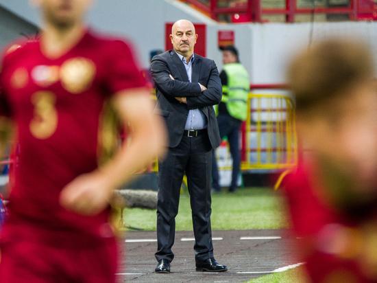 Черчесов объявил расширенный состав сборной России на Кубок Конфедераций
